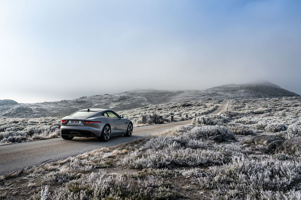 New Jaguar F-TYPE – P300 Coupe RWD – Eiger Grey